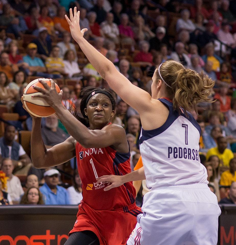 Washington Mystics vs Connecticut Sun